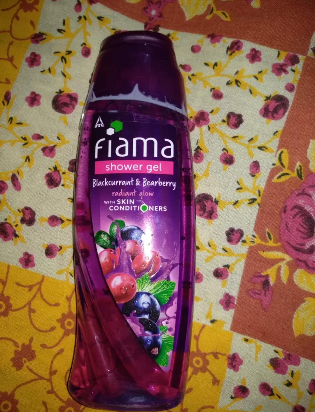 Fiama Blakcurrant & Bearberry Radiant Glow Gel Bar pic 2-Good one-By sanna