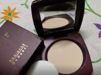 Lakme Radiance Complexion Compact pic 2-Under budget and works good-By sanna