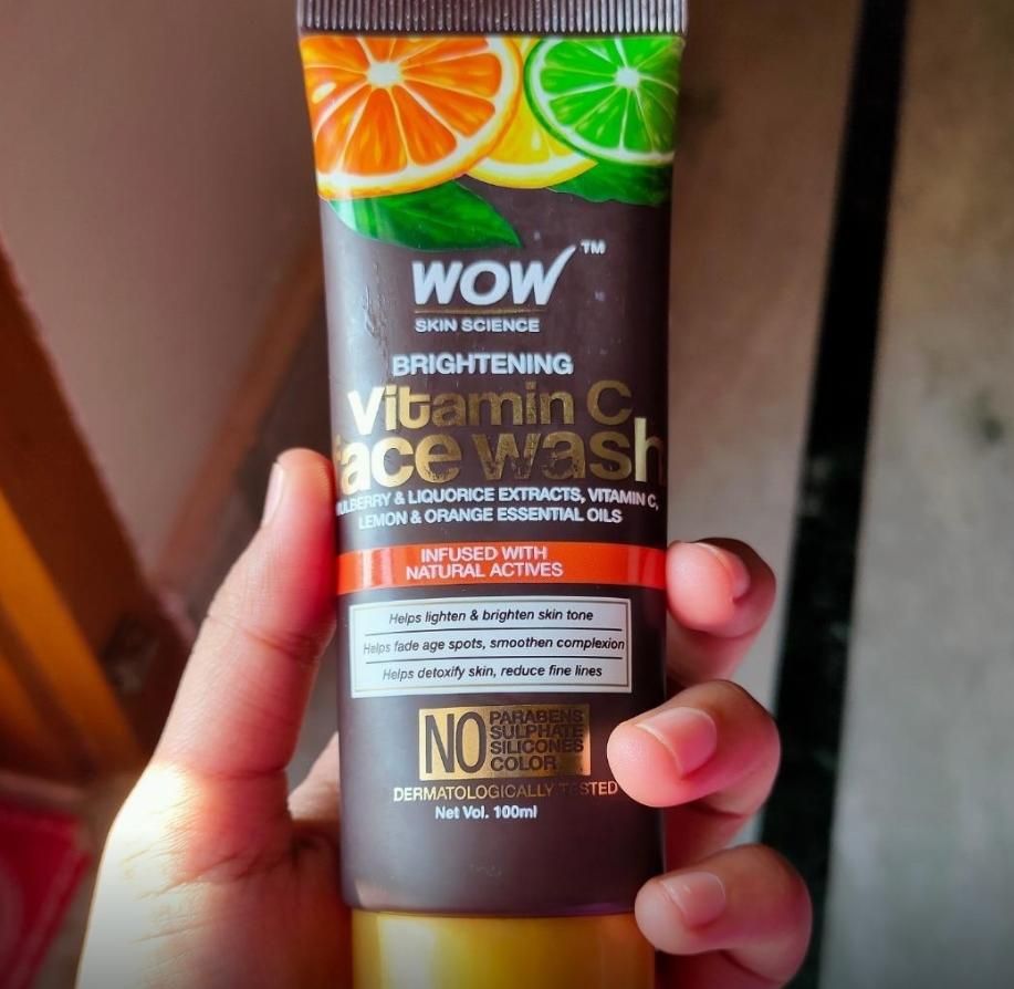 WOW Skin Science Brightening Vitamin C Face Wash-Good facewash-By sanna-1