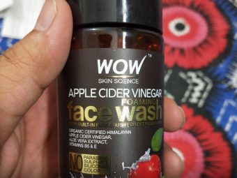 WOW Skin Science Apple Cider Vinegar Foaming Face Wash pic 1-Best for oily skin-By sanna