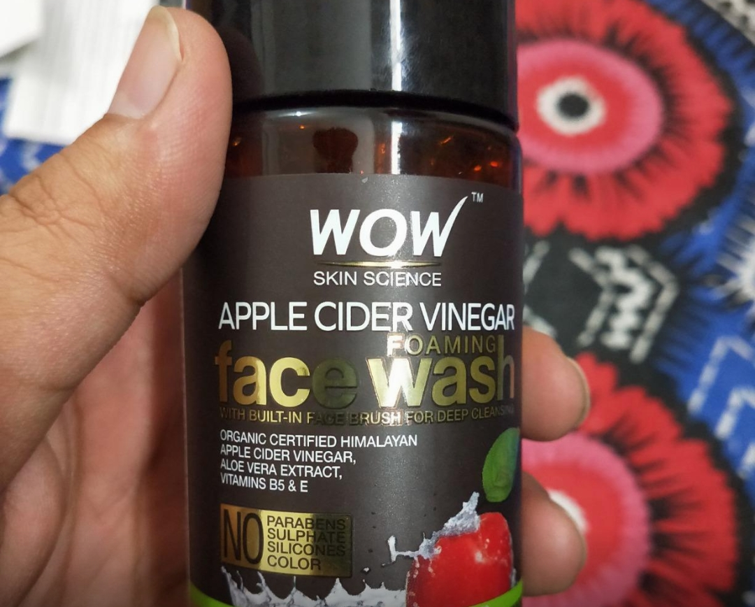 WOW Skin Science Apple Cider Vinegar Foaming Face Wash-Best for oily skin-By sanna-1