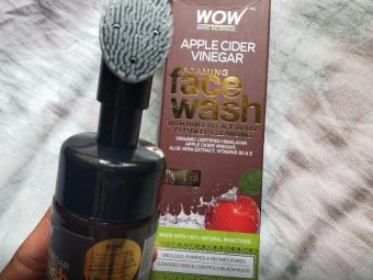 WOW Skin Science Apple Cider Vinegar Foaming Face Wash pic 2-Best for oily skin-By sanna