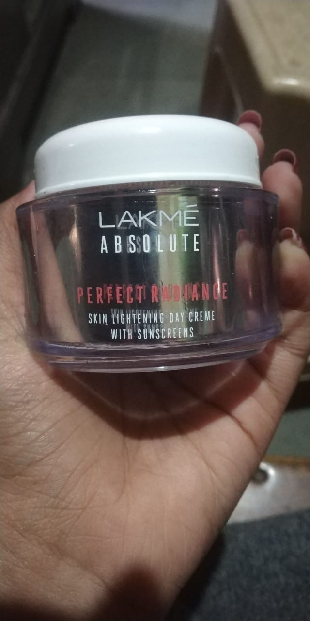 Lakme Absolute Perfect Radiance Skin Lightening Day Creme-Best day cream-By ashwini_bhagat