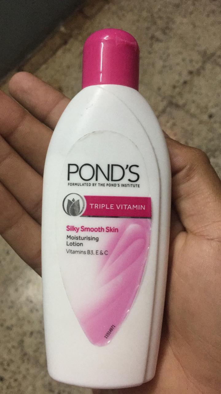 Pond's Triple Vitamin Moisturising Lotion-Moisturized soft skin-By ashwini_bhagat