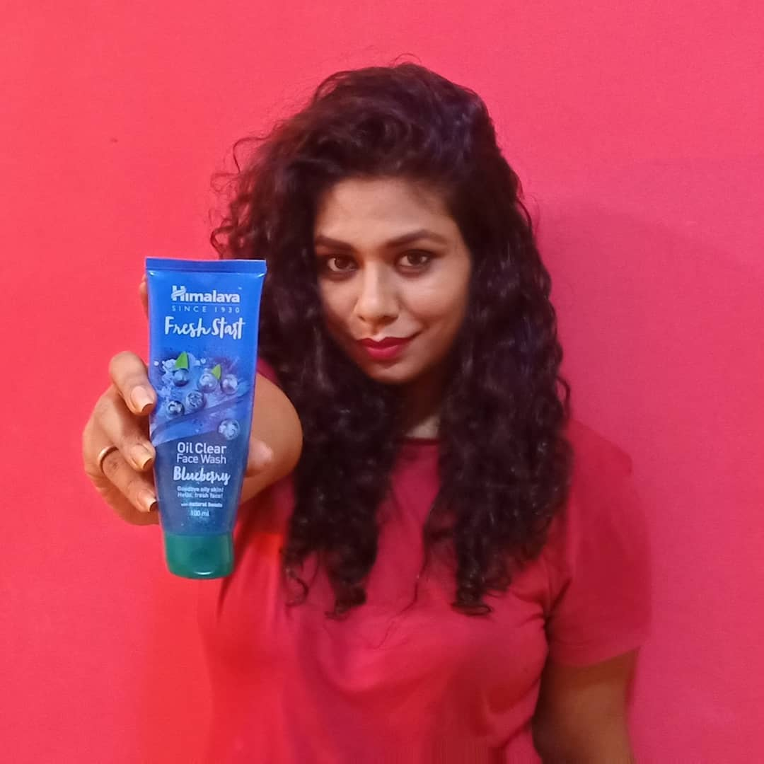 Himalaya Herbals Fresh Start Oil Clear Blueberry Face Wash-My number 1 Face wash-By radhika_bhatnagar-2