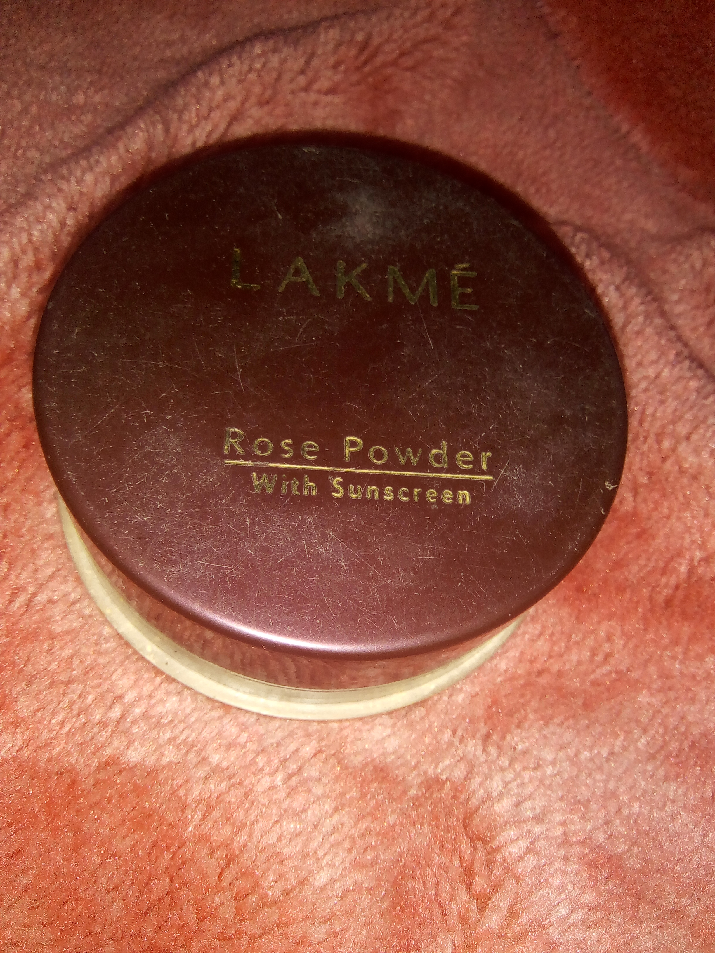 Lakme Whitening Rose Powder With Sunscreen-Lakme Whitening Rose Powder With Sunscreen-By aflyingsoul