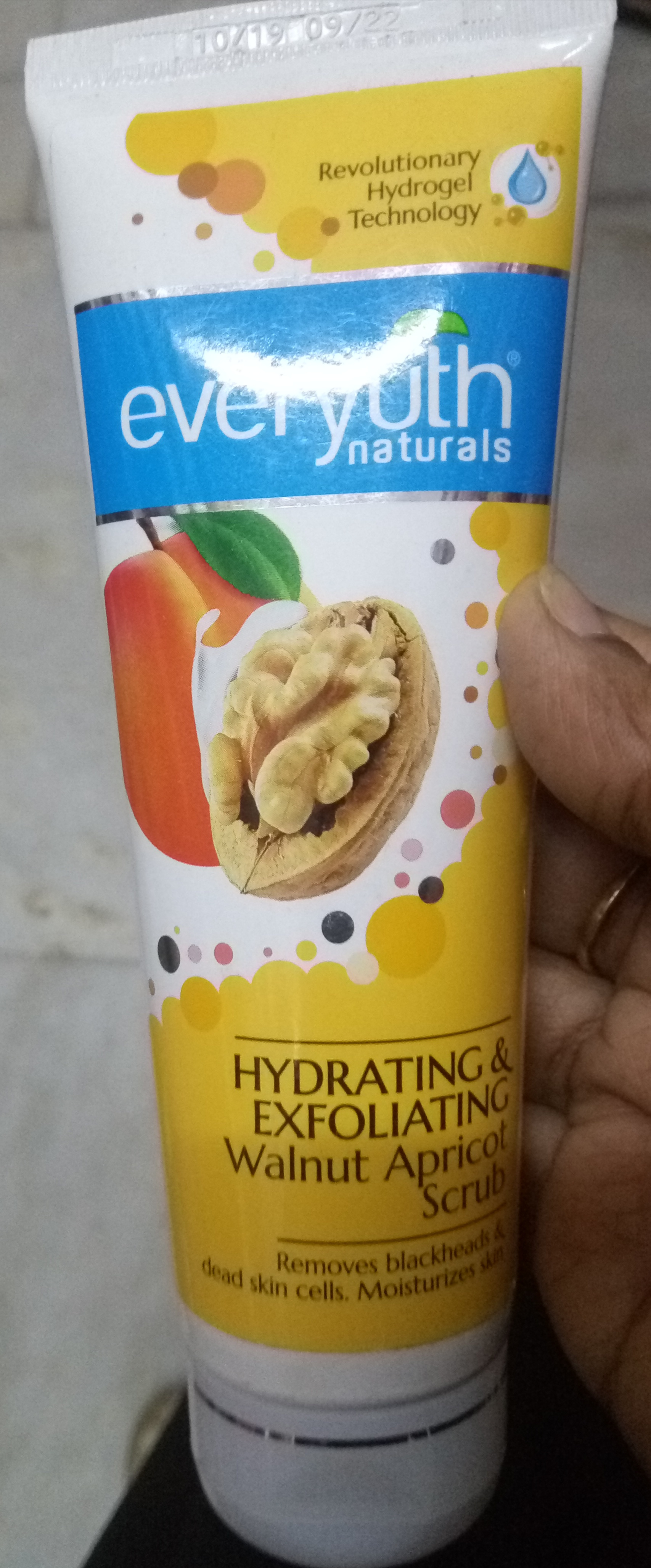 Everyuth Naturals Exfoliating Walnut Scrub-Good but harsh granules-By Nasreen-2