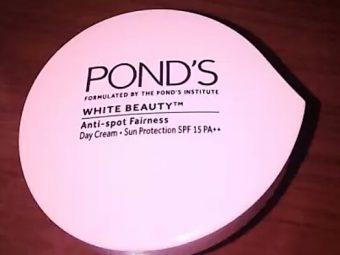 Pond's White Beauty Winter Anti Spot Moisturiser -Ponds White Beauty Winter Anti Spot Moisturiser-By aflyingsoul