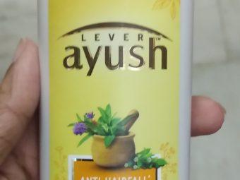 Lever Ayush Anti Hairfall Bhringaraj Shampoo pic 2-Not satisfied-By Nasreen