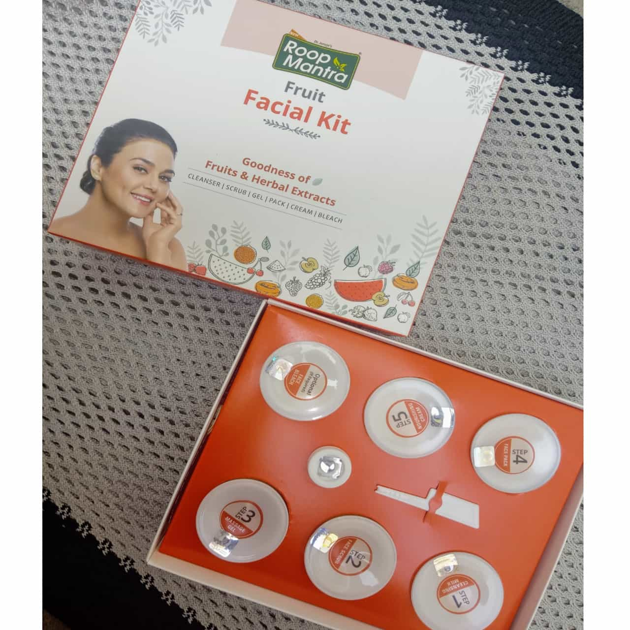 Roop Mantra Fruit Facial Kit-Your own home salon-By sonam22-2