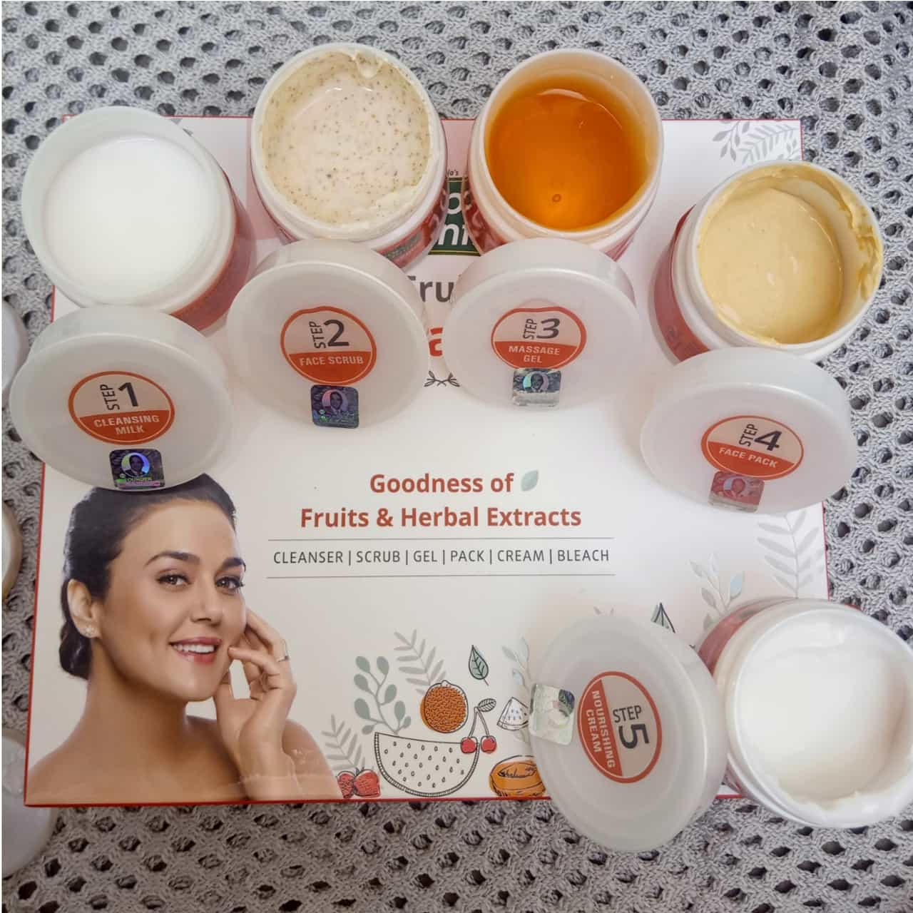 Roop Mantra Fruit Facial Kit-Your own home salon-By sonam22-1