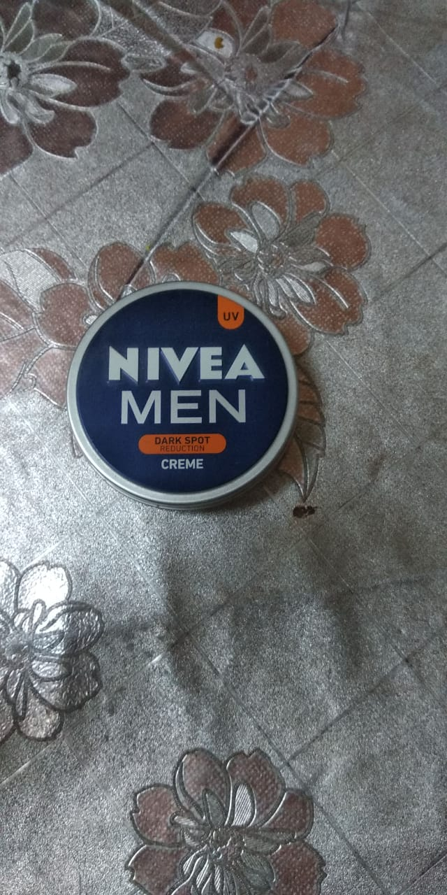 Nivea Men Dark Spot Reduction Cream-Reduces dark spot-By vaishali_0111