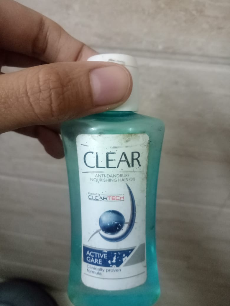 fab-review-Clear Anti Dandruff Active Care Nourishing Hair Oil-By bhumikad