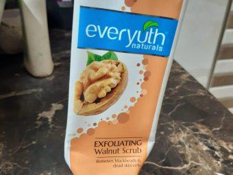 Everyuth Naturals Exfoliating Walnut Scrub -Say no to Black heads and white heads!-By poonam_kakkar