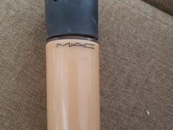 MAC Matchmaster SPF 15 Foundation -Perfect foundation!-By poonam_kakkar