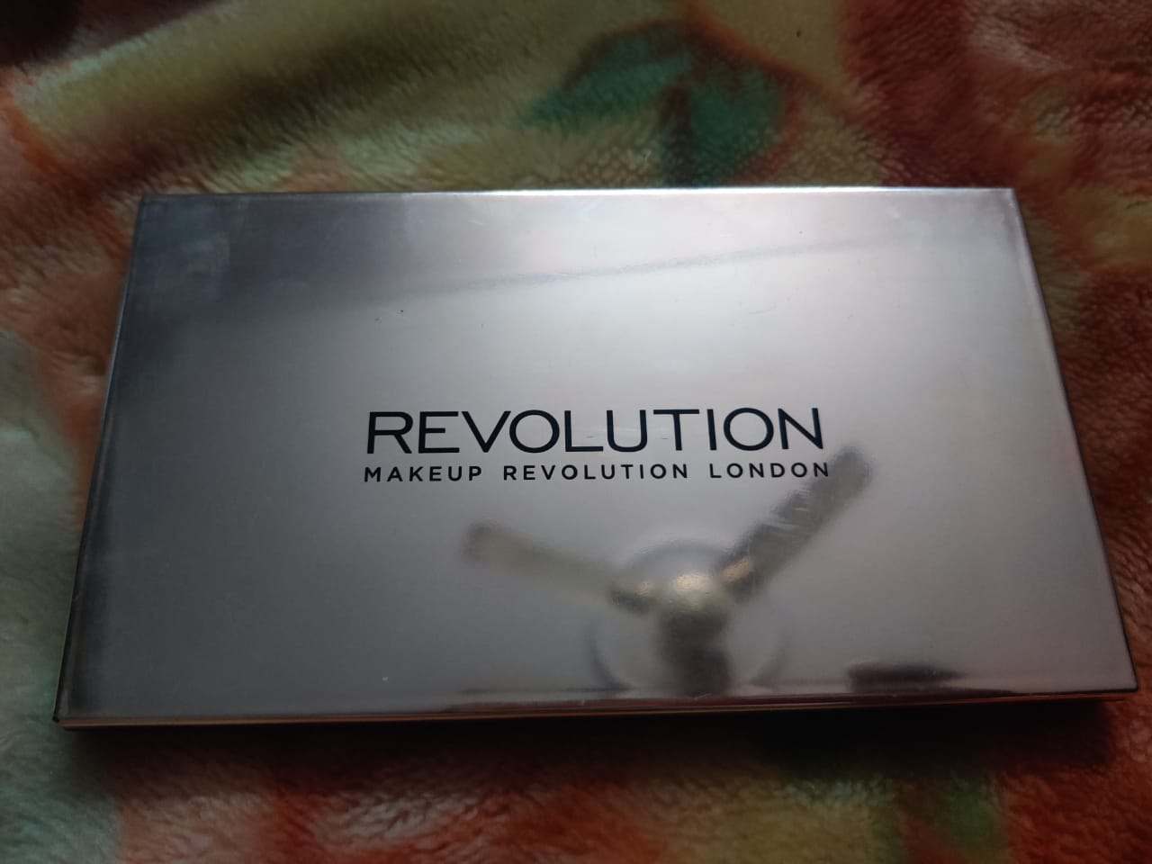 Makeup Revolution Ultra 32 Eyeshadow Palette-Amazing combination of matte and shimmery eye shadow!-By poonam_kakkar-1