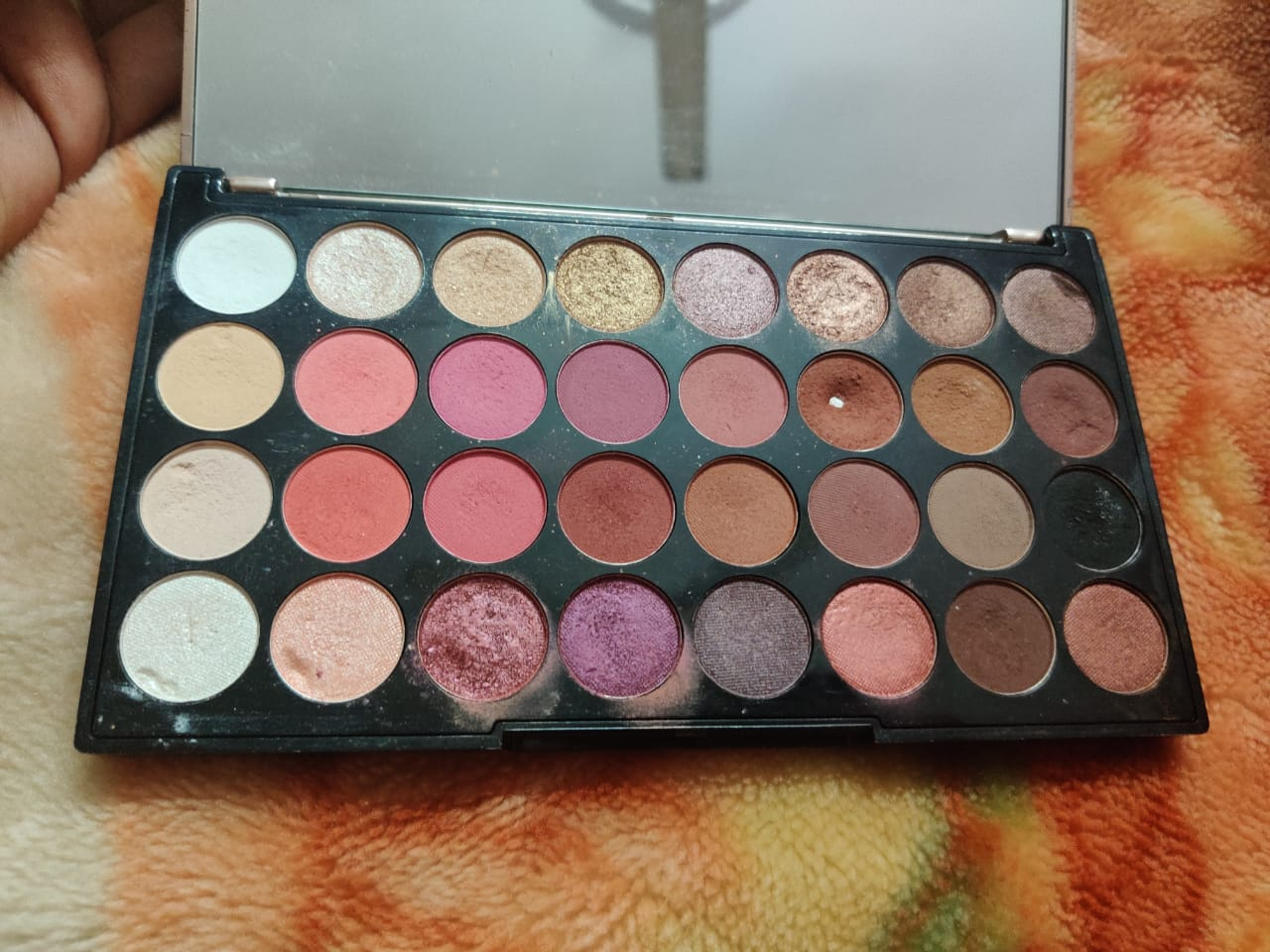 Makeup Revolution Ultra 32 Eyeshadow Palette-Amazing combination of matte and shimmery eye shadow!-By poonam_kakkar-2