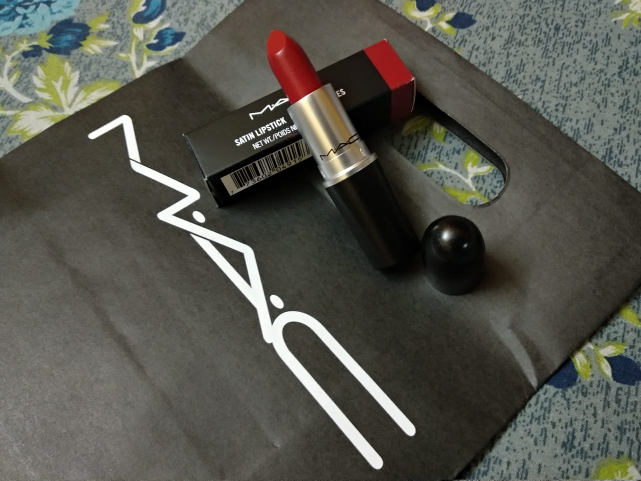 MAC Satin Lipstick -Queen Of Lipsticks.-By ankita_agarwal