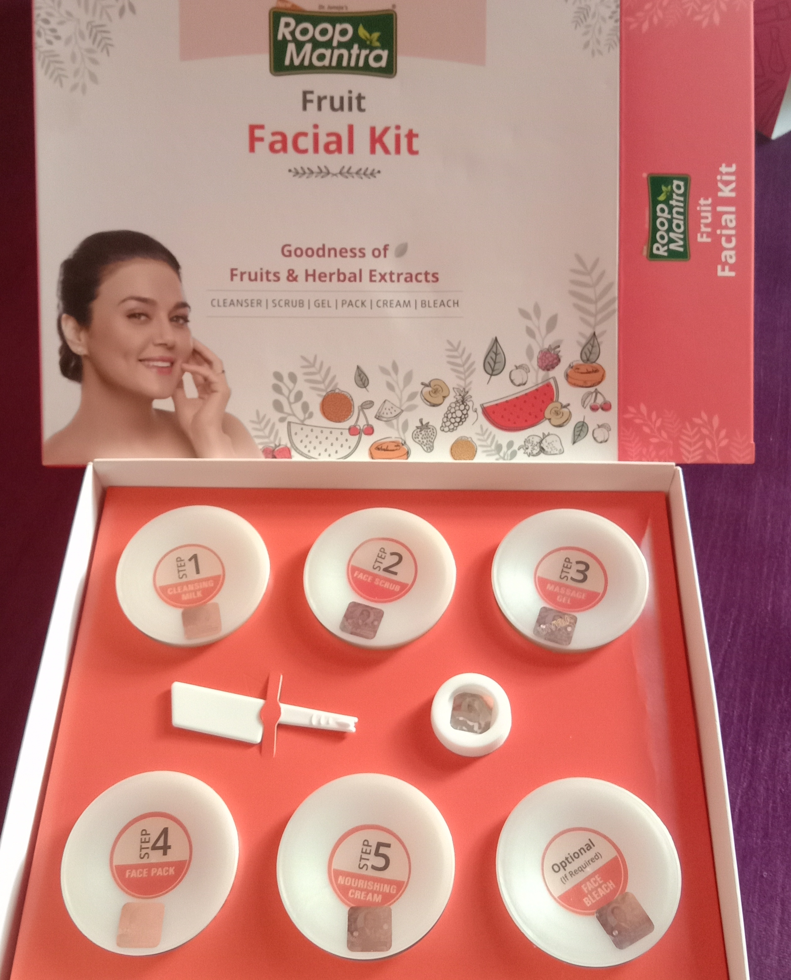 Roop Mantra Fruit Facial Kit-In love with this facial kit-By sufiaansarii-2
