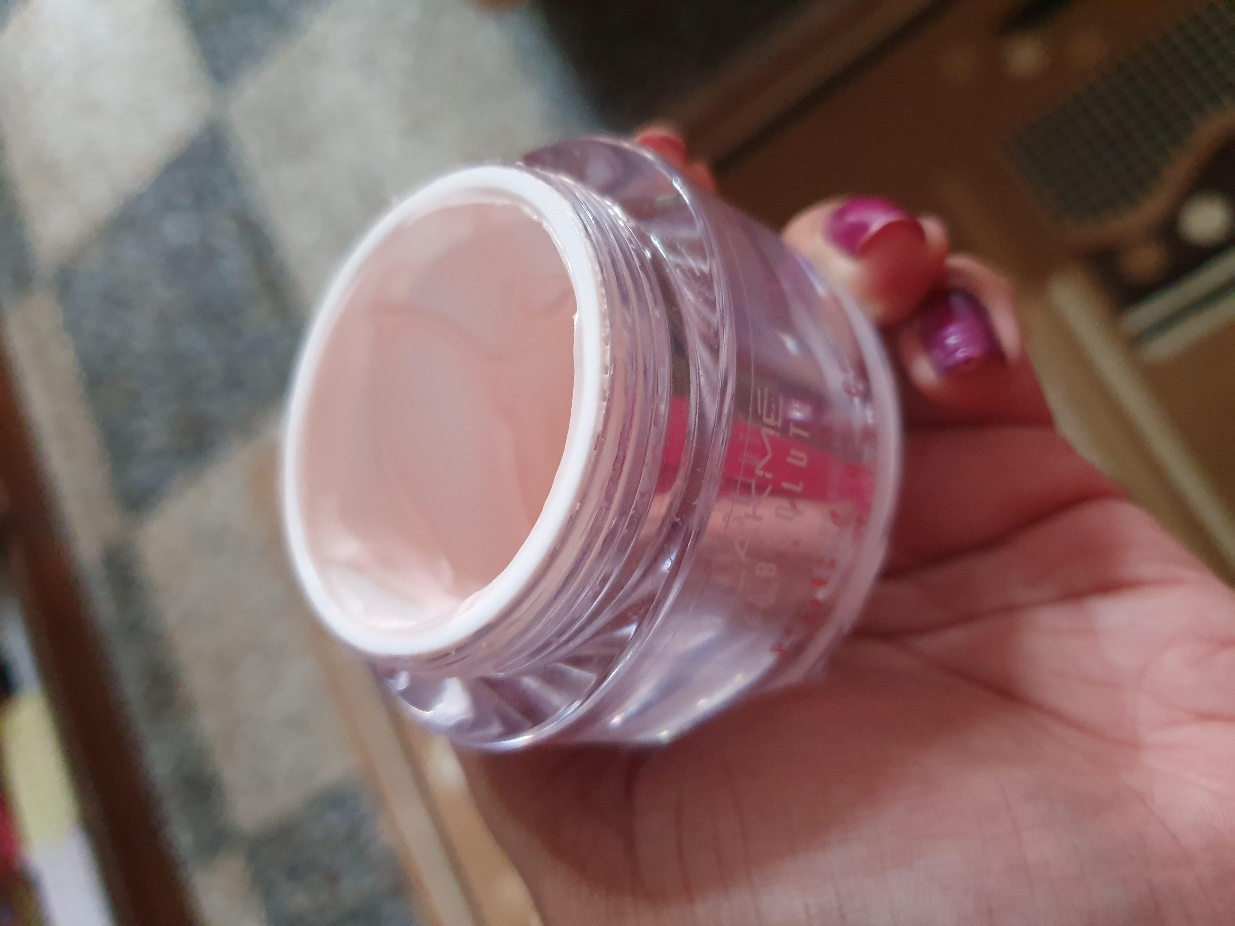 Lakme Absolute Perfect Radiance Skin Lightening Night Creme-Gentle Yet Effective Night Cream-By ankita_agarwal