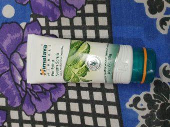Himalaya Herbals Purifying Neem Scrub -Perfect blend of neem & apricot-By ankita_agarwal