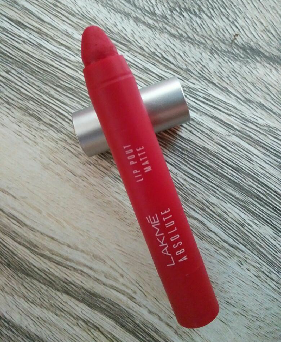 Lakme Absolute Lip Pout Matte Lip Color-Creamy, rectractable crayon lipstick.-By ankita_agarwal