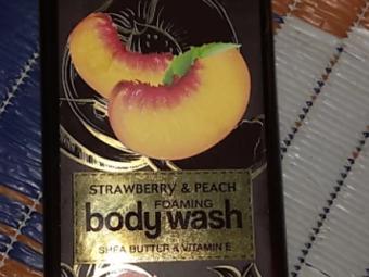 WOW STRAWBERRY AND PEACH BODY WASH -WOW STRAWBERRY AND PEACH BODY WASH-By aneesha