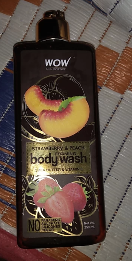 WOW STRAWBERRY AND PEACH BODY WASH-WOW STRAWBERRY AND PEACH BODY WASH-By aneesha