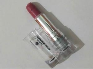 Lakme Enrich Satin Lipstick-Brilliant shades-By sakshi_khandal