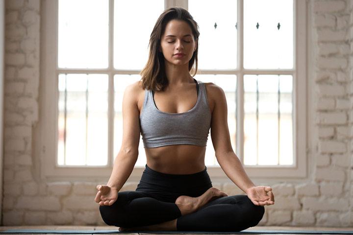 अष्टांग योग करने का तरीका और फायदे – Ashtanga Yoga Steps And Benefits in Hindi
