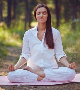 Ashtanga Yoga Steps And Benefits in Hindi