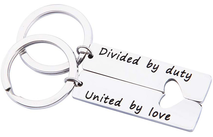 MAOFAED Military Matching Set Keychains
