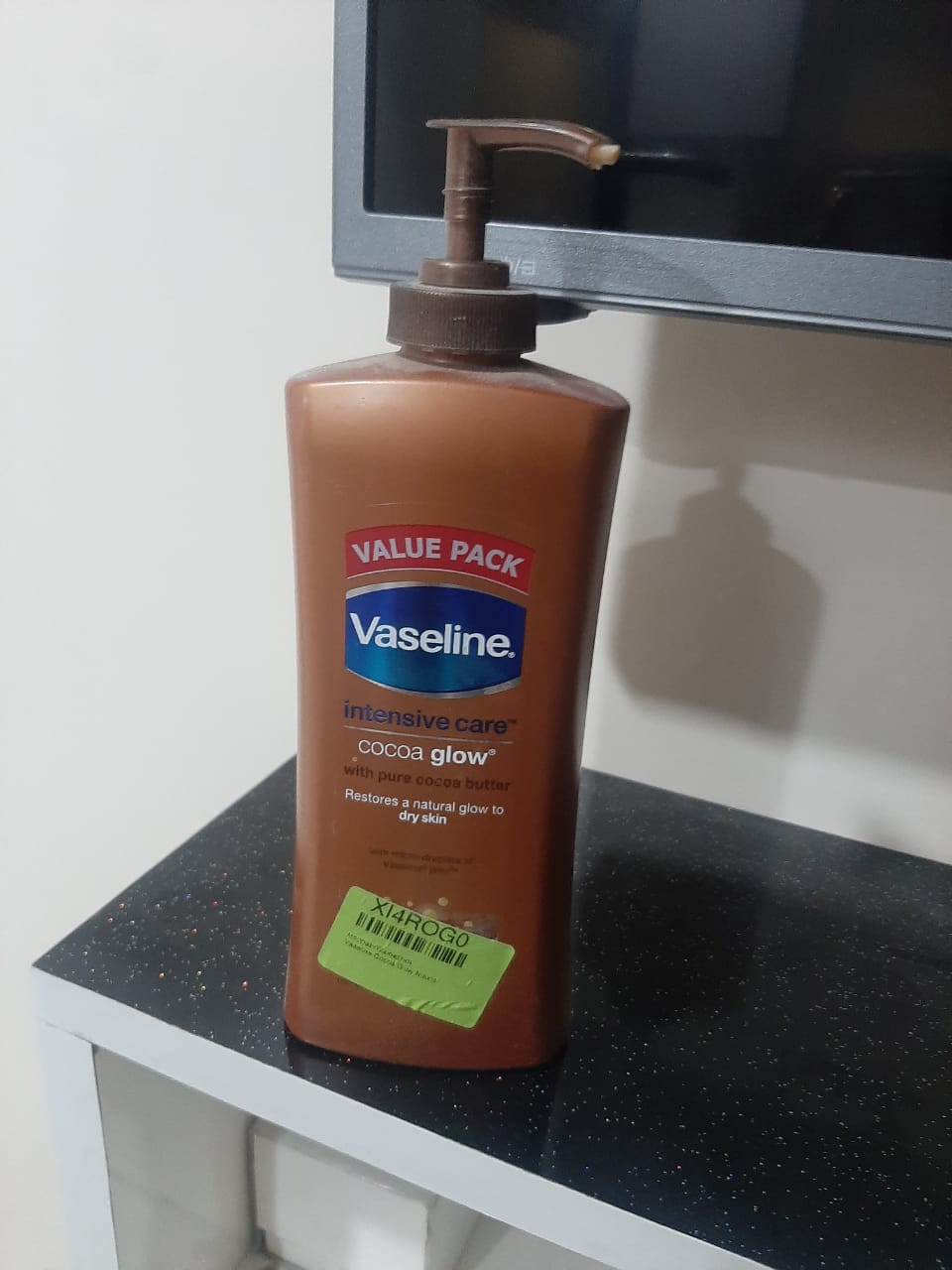 Vaseline Intensive Care Cocoa Glow Body Lotion-Cocoa glow body lotion-By garimabagga