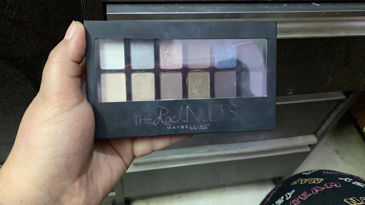 Maybelline New York The Nudes Eyeshadow Palette-Maybelline eyeshadow palette-By garimabagga