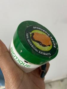 Biotique Bio Wheat Germ Youthful Nourishing Night Cream -Nice cream-By jaskeeratkaur17