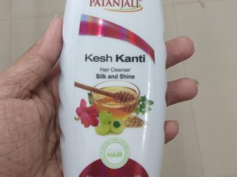 Patanjali Kesh Kanti Silk And Shine Hair Cleanser pic 1-Cleanses hair but does not control hair fall-By Nasreen