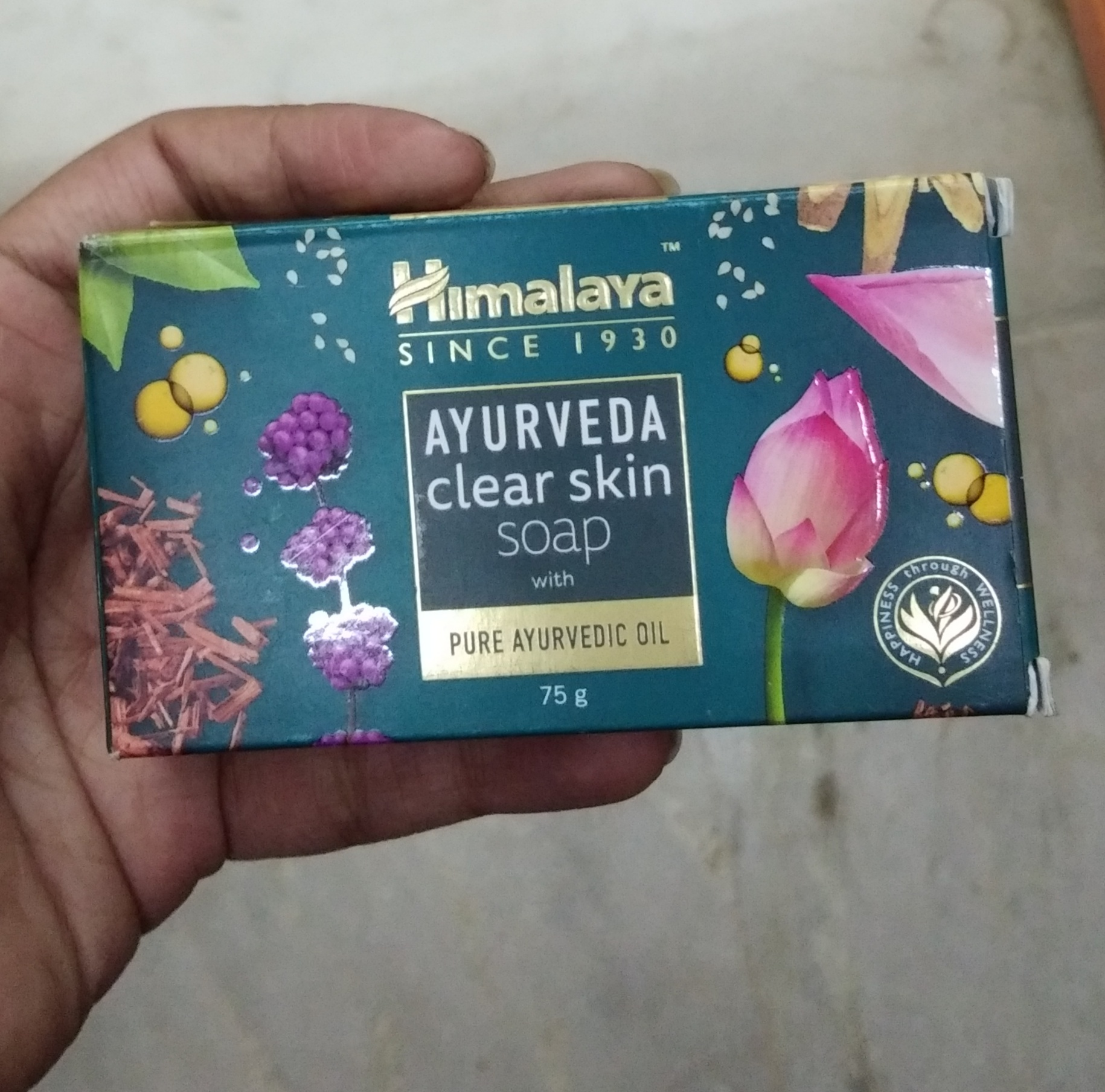 Himalaya Ayurveda Clear Skin Soap pic 2-Good one-By Nasreen