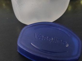 Vaseline Blueseal Pure Petroleum Jelly Original pic 1-Removes dryness-By aparna_dhakne