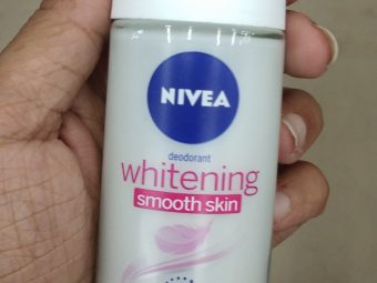 Nivea Whitening Smooth Skin Roll-On pic 1-Mild floral fragrance-By Nasreen