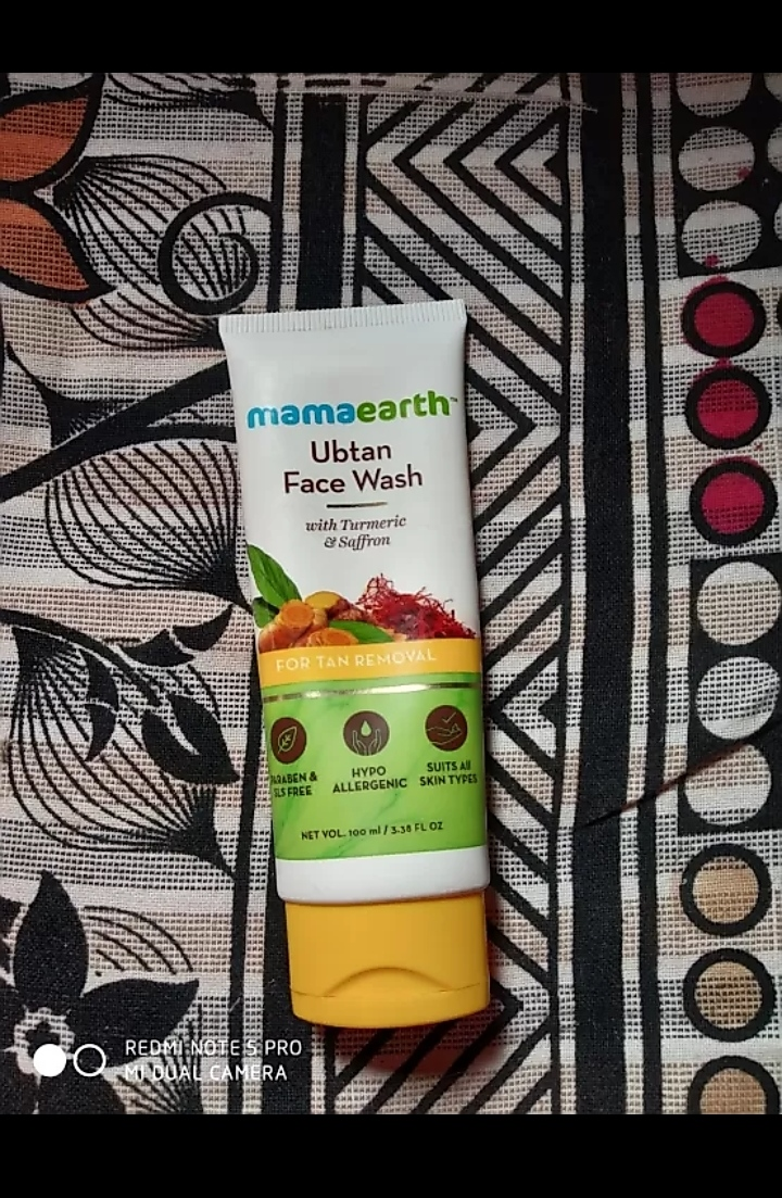 MamaEarth Ubtan Face Wash-Best refreshing facewash-By mitshu98
