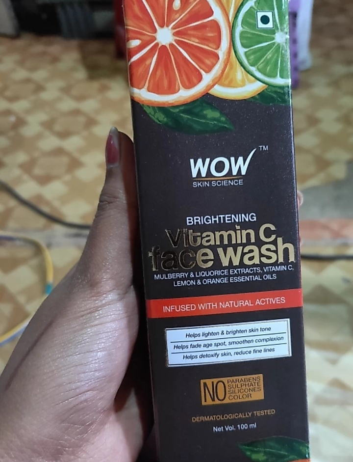 WOW Skin Science Brightening Vitamin C Face Wash-Great product.-By mitshu98