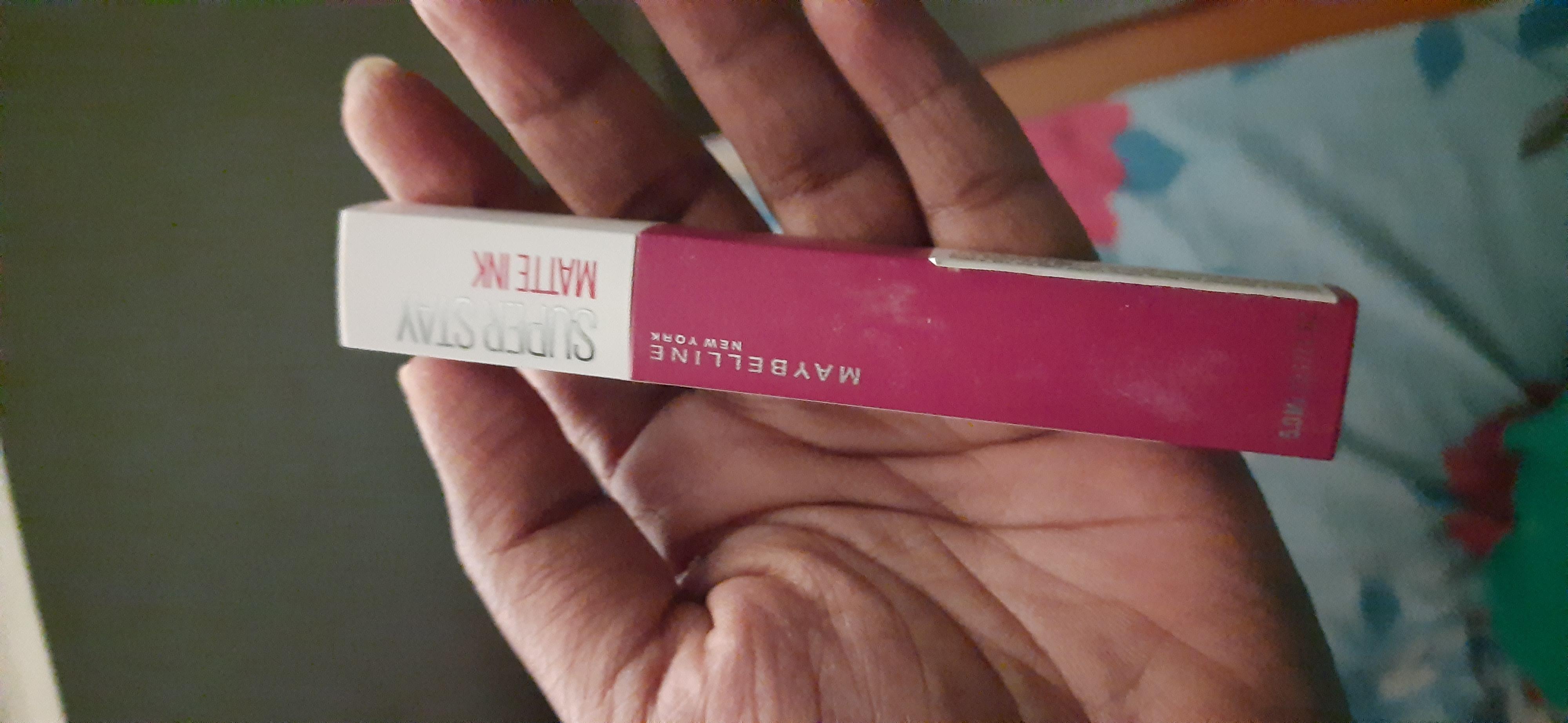 Maybelline New York Superstay Matte Ink Liquid Lipstick-Super stay….long last matte lipstick-By sonymuchapathii