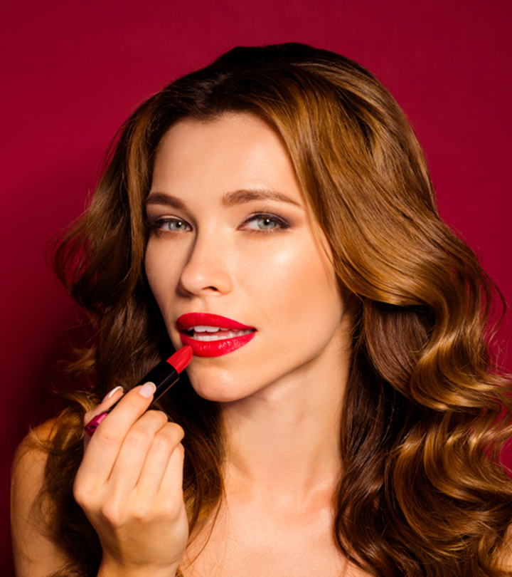 17 Best Lipsticks For Dry Lips In 2021 – Reviews And Guide