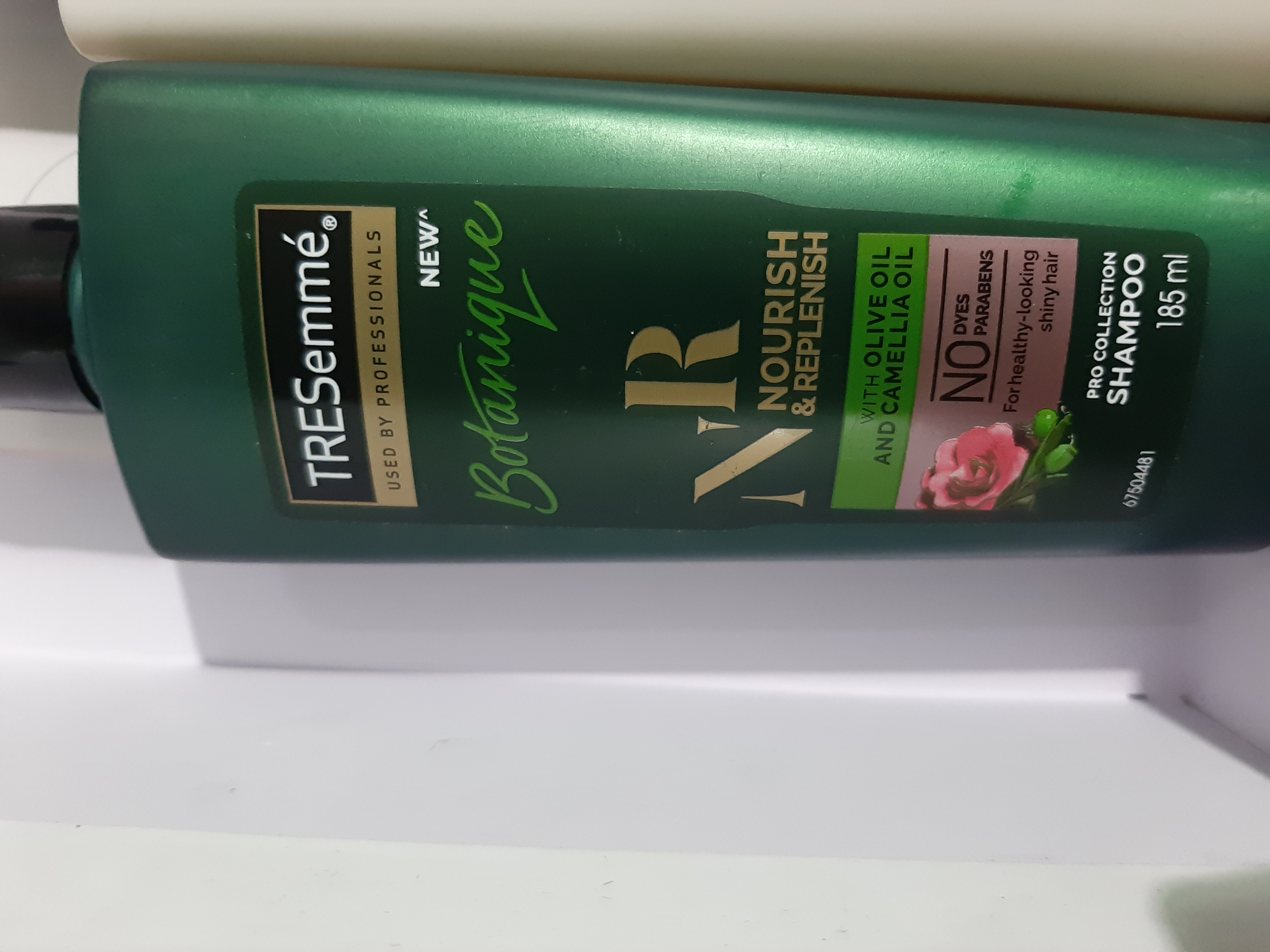 Tresemme Botanique Nourish And Replenish Shampoo-Must- have product for smooth and silky hair.-By humakhan-1