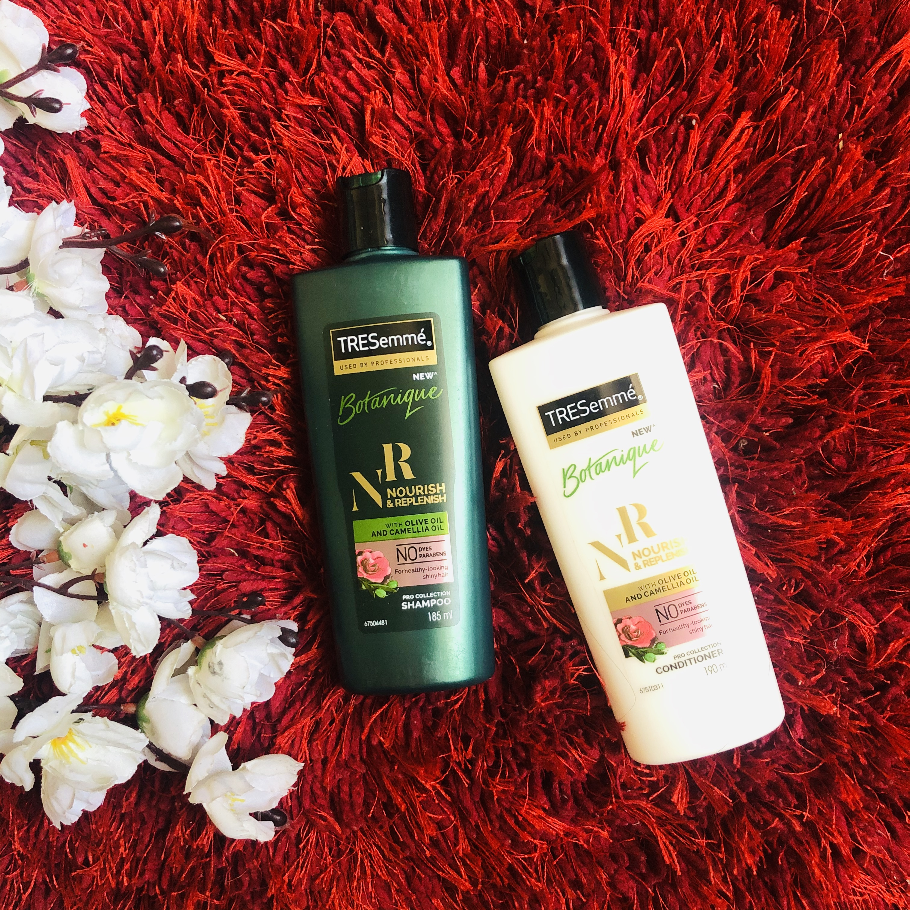 Tresemme Botanique Nourish And Replenish Shampoo-Favorite shampoo for Frizz Control-By karry