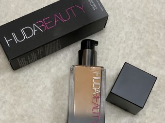 Huda Beauty Faux Filter Foundation pic 1-Highly Pigmented high coverage cream foundation-By vandanagoenka