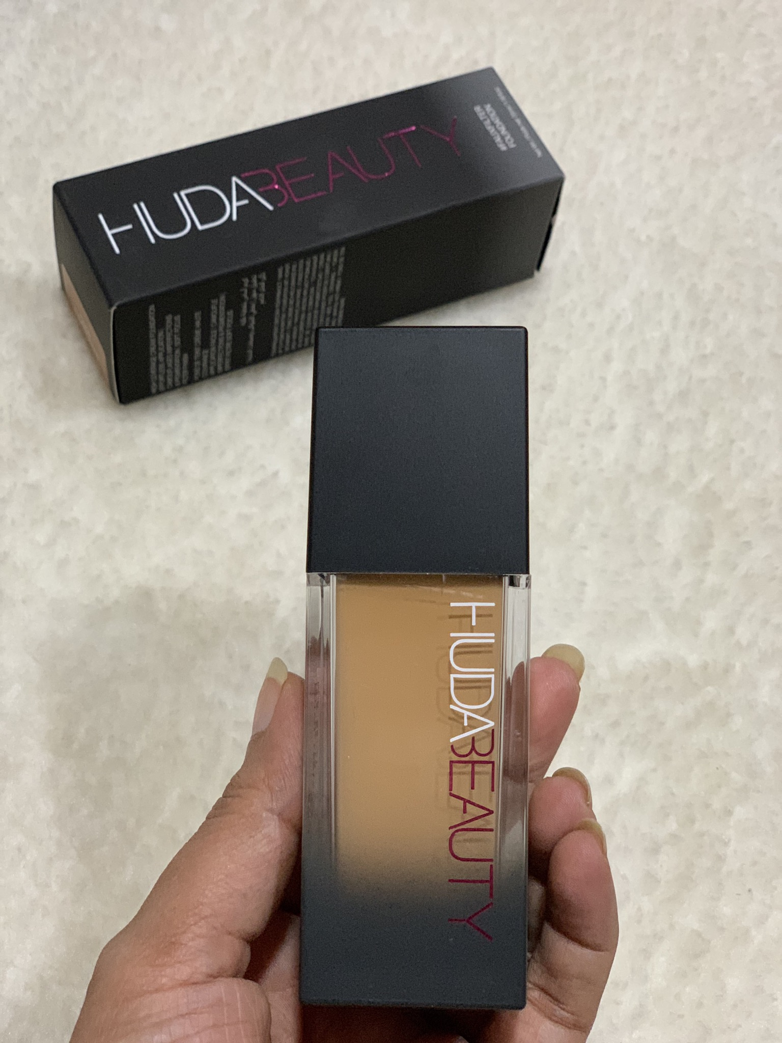 Huda Beauty Faux Filter Foundation pic 2-Highly Pigmented high coverage cream foundation-By vandanagoenka