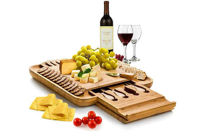 Bambusi Organic Cheese Board And Knife Set