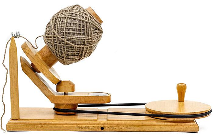 Nagina International Hand Operated Knitting And Crochet Ball Winder