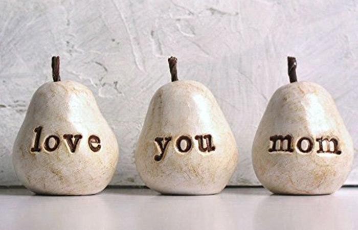 Skye Art Love You Mom Pears